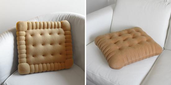 Cuscini A Forma Di Biscotto Dove Comprarli.I Golosi Biscotti Cuscino Di Carolicrea E Il Petit Beurre Cushion