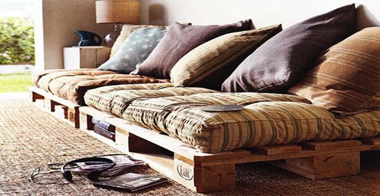 DIY// Sofa Pallet, un divano realizzato con due bancali in legno nel ...
