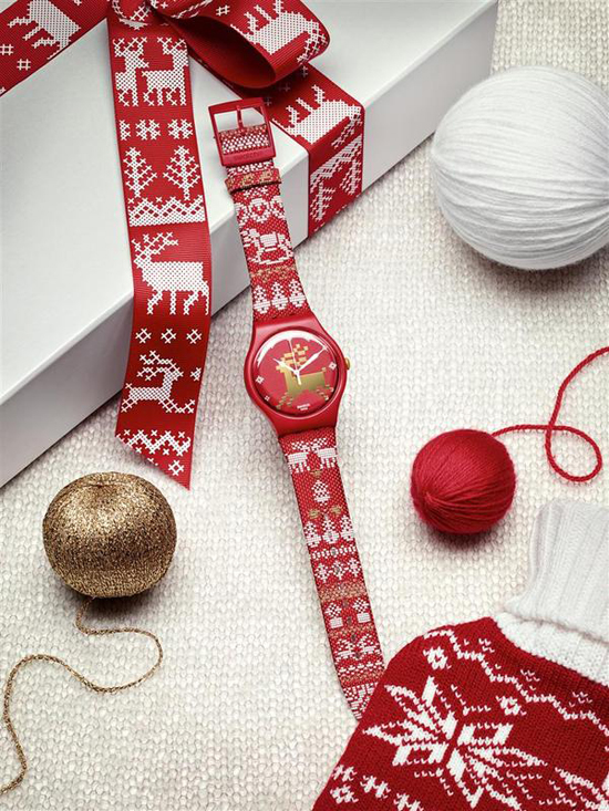 red_knit_kit_swatch