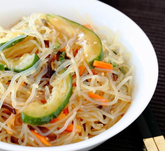 Estremamente Shirataki, gli spaghetti vegetali giapponesi con zero carboidrati  QU57
