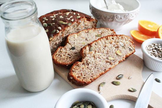 banana_bread_plumcake